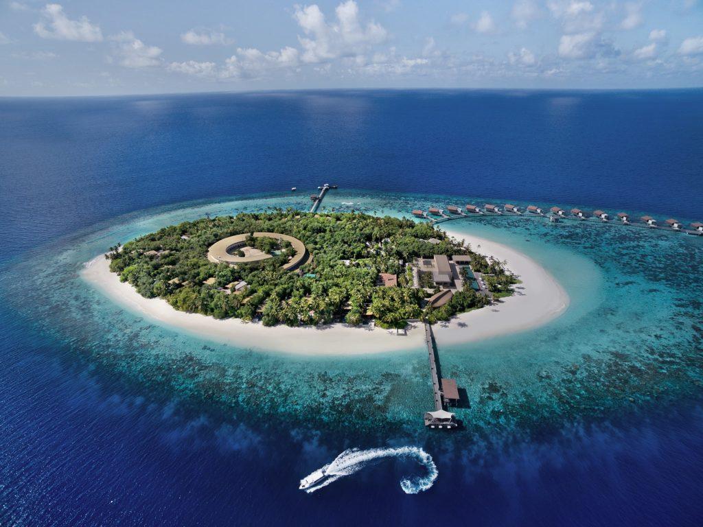 Какой остров выбрать для отдыха на Мальдивах